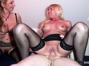 aunt and niece hardcore lesbian sex