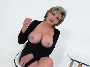 Hot aunt sex