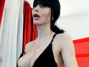 exhibition amateur devant webcam