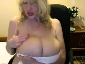 mature bubble butt wife