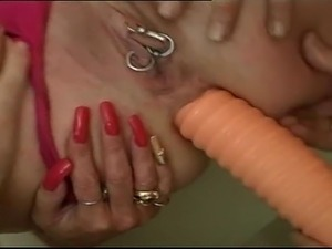 videos of girls use a dildo