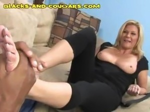 blonde cougar an young guy banged