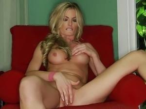 hot virgin pretty pussy