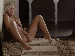 hairy fingering free video