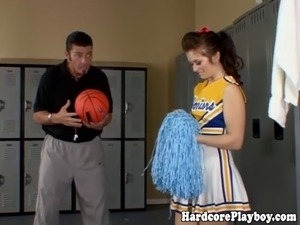 cheerleader teen pics