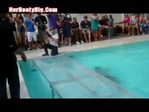 Sexy Bikini Contest 2014 free