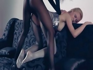 sexy babes in nylons