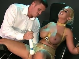Huge boobs blonde in latex fucking in bdsm