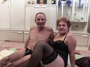 mature swinger video