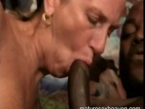 porn reviews mandingo and young brunette