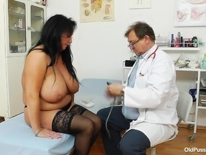 naked ass little girls doctor exams