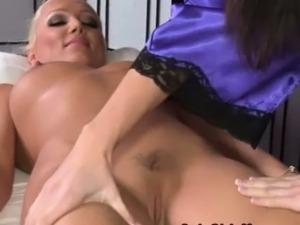 lesbian butt massage free videos
