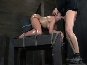 sybian orgasm girl video