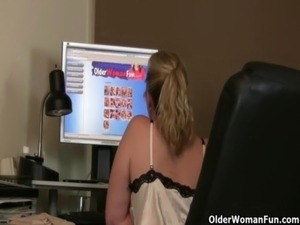 free cougars on black cock videos