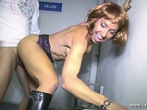 slutload mature french pussy massage