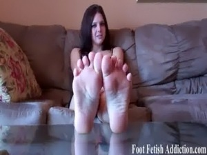sexy tan girls feet