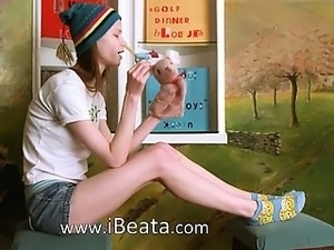 young cheerleader blowjob