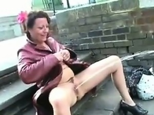 mature old pussy fucking