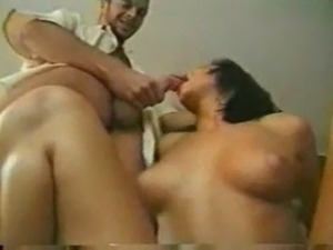 mmf amateur threesome video