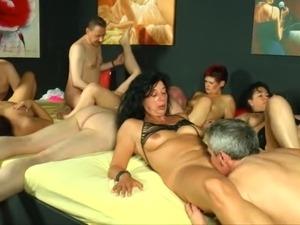 german goo girls asian