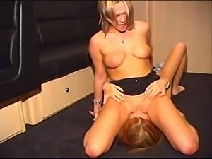 lesbian sex for first time