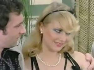 girls climaxing video