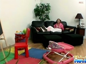 housewife babysitter oral