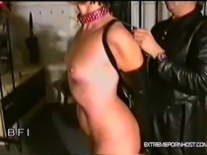 suck trained slave girl
