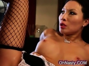 asian maid pics