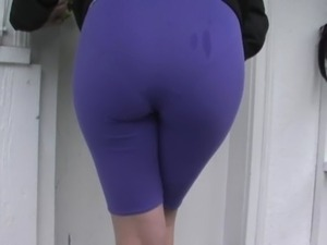 hot athletic girl ass spandex