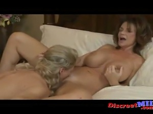 Female ejaculation pussy wet
