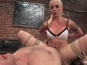girl strapon fuck