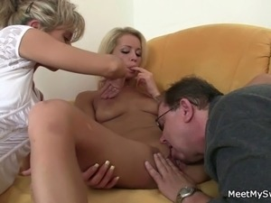 young girls shit in guys mouth