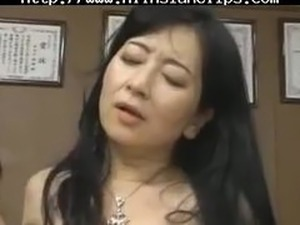 asian black swallow cum