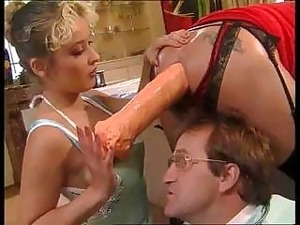 bizarre pussy insertions and pic