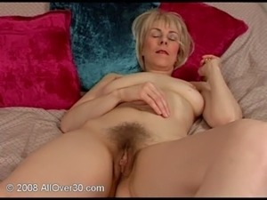 free pics mature amateur women