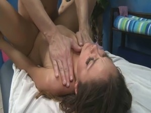 hardsex girl jerking off brother