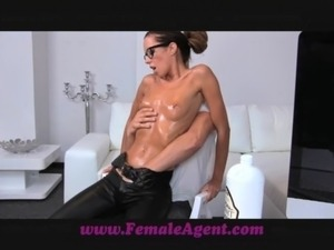 hannah belt oil video girl