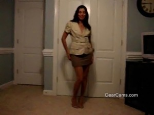 Mature Latina private strip dance free