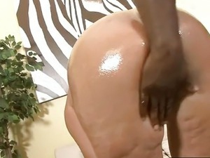 thick ass interracial videos