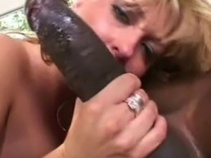 Teens girls love mandingo