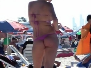 flashing beach girl torrents
