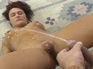free pissing porn vids