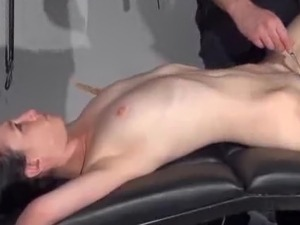 free mature bizarre group sex video