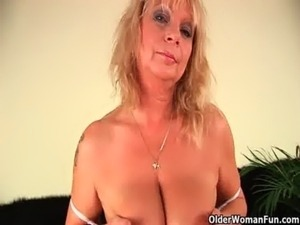 blonde wife squirt scenes