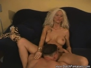 dutch pussy insertion