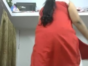 Plump Boss Wife First Time Giving Treat To Manager By Exposing free