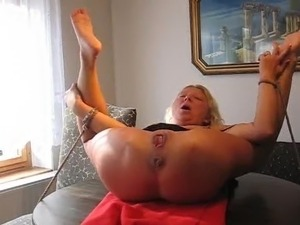 bizarre gushing mature sex videos