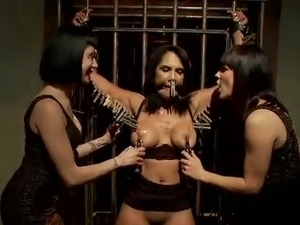 sexy jail girls