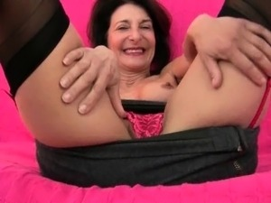 mature wives sex pictures